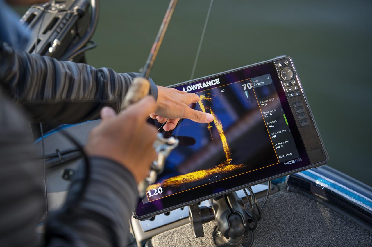 ActiveTarget EliteFS freshwater images in-boat _USA_46631